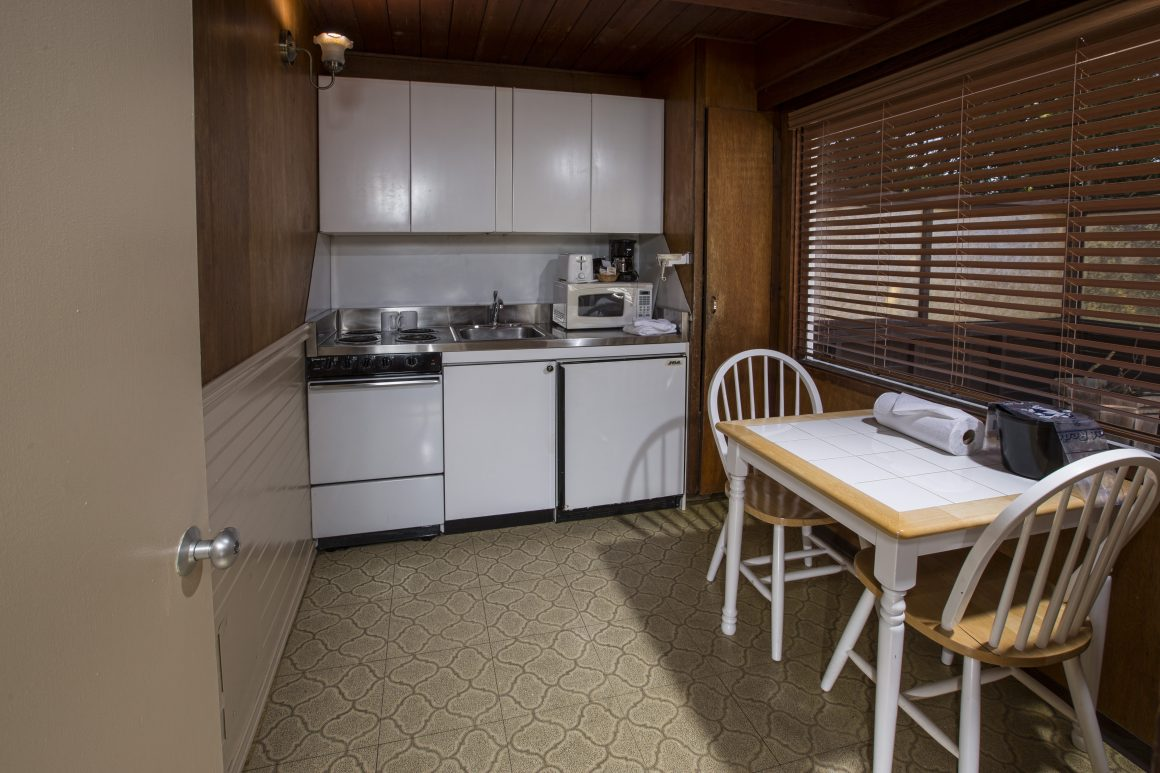 Two Bedroom Suite-King And Double With Kitchenette